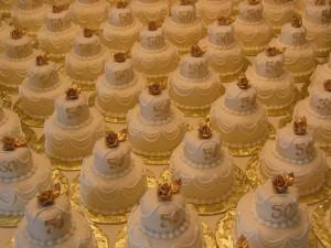mini_fondant_cakes