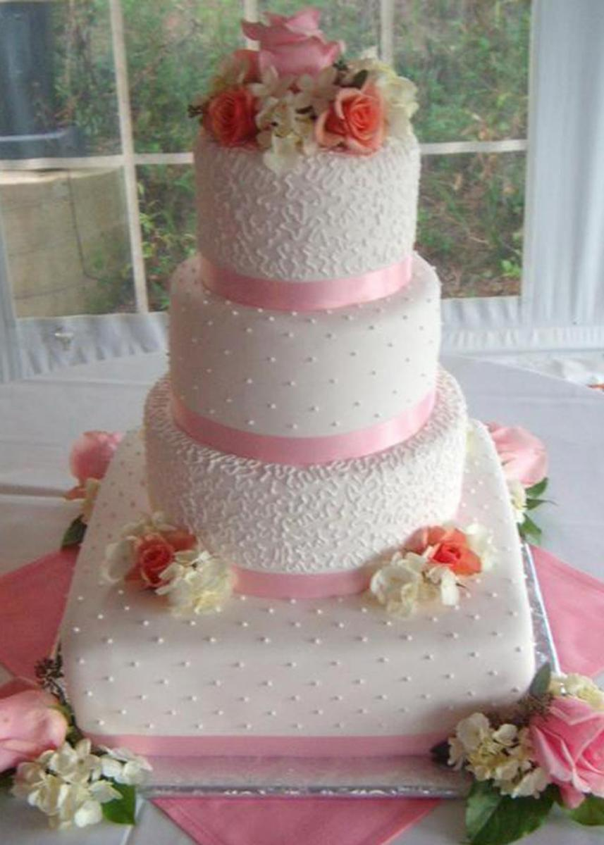 Elegant Wedding Cakes