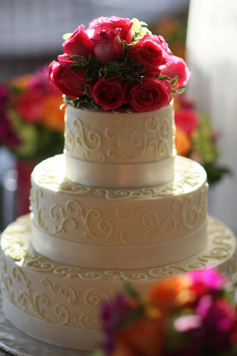 gold wedding cakes  u2013 artistic desserts