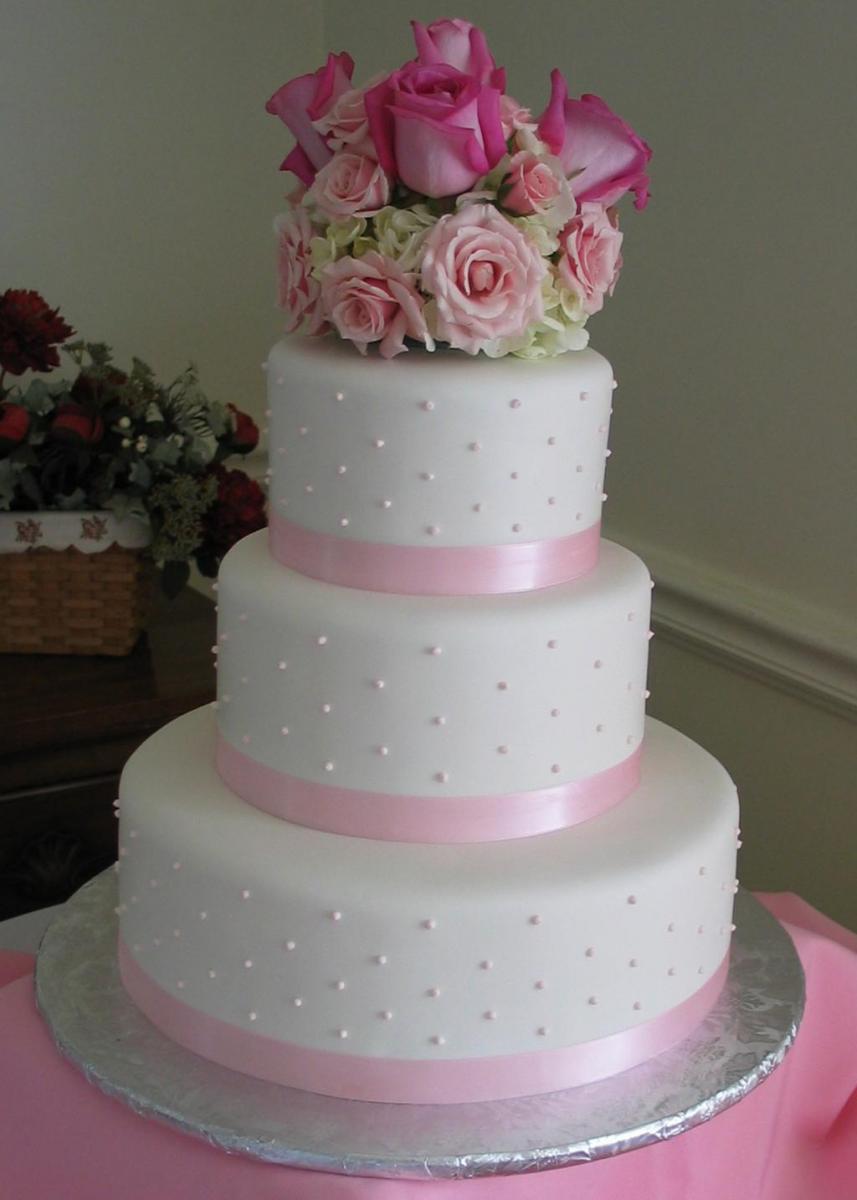 platinum elegant wedding cakes  u2013 artistic desserts